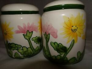Made in China SALT & PEPPER SET Flowers Hand Painted