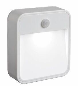 Mr Beams MB720 Universal Light BatteryPowered Motion sensored LED Bathroom Light