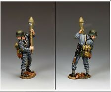 WH076 WW2 German Standing Ready With Panzerfaust Grenadier Mint in Box WH75