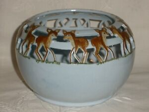 "VINTAGE Hand Made Pottery ""L Montague"" BLUE DEER VASE Very Good Condition"