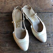 Salvatore Ferragamo Vintage Womens 5 Cream Shoes Slingbacks