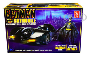 SKILL 2 MODEL KIT BATMOBILE WITH RESIN BATMAN FIGURINE (1989) 1/25 AMT AMT1107 M
