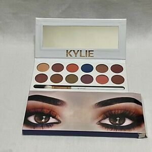 KYLIE JENNER The Royal Peach Palette Kylie Cosmetics