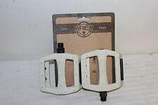 Flat Pedals Nylon White Masi Brev.M  9/16 inch