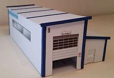 Nutzfahrzeugwaschanlage LKW-Waschanlage 1:87 HO blau Kartonmodellbausatz