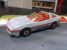 Matchbox Chevrolet Corvette 1983 1:56 zilver grijs