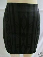 NWT H&M  WOMENS BLACK  & GREY JACQUARD SEQUIN PATTERNED MINI SKIRT SIZE 6