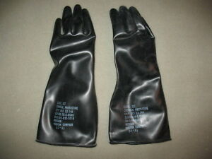 "20 NEW MEDIUM PAIR OF GARDENING GLOVES BLACK RUBBER 14"" LONG WITH LINERS"
