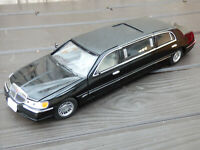 1999 Black Lincoln Town Car Limousine Strech 1:18 Sun Star Detailed Model Toy
