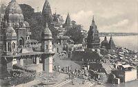 B96117 the buming ghat benares    india