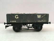 0 gauge Triang wagon chassis with wooden body. GW. mineral load. (JB20)