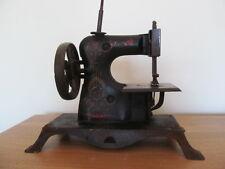 Antiguo Vintage Máquina De Coser De Juguete