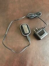 Bluetooth Headset Motorola H680 w/ SPN5435A Charging Base & Charger WORKS EUC