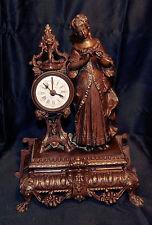 """Pendulette, Reveil XIXème.Mécanique à balancier ,décor romantique """"L'effeuilleus"""