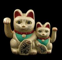 Familia Gato Japonés Amuleto de la Suerte Maneki Neko Dorado Botones Izquierda