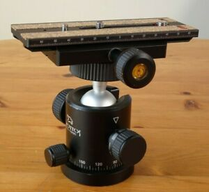 Giottos MH-1000 Camera Mount/ Ball Head with Quick Release plate. Rock Solid!