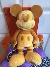 NWT Disney Store Mickey Mouse Memories Collection February Plush Limited Edition