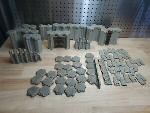 Heroscape - Fortress of the Archkyrie - Castle parts lot