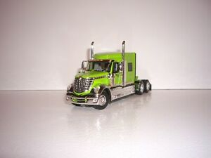 DCP FIRST GEAR 1/64 LIME GREEN INTERNATIONAL LONESTAR WITH MID-ROOF SLEEPER