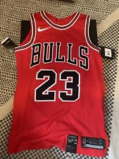 100% Authentic Michael Jordan Chicago Bulls Jersey Size 40 Small Nike Boxed