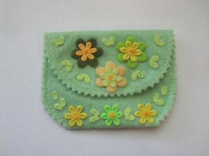 1 x Handmade Girl's Felt Coin Purse 10cm x 7 cm Flowers Age 3+ Stocking stuffer