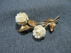 Vintage signed Krementz carved creamy flowers gold filled bouquet pin brooch