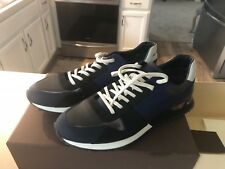 Louis Vuitton shoes - Mens Sneakers - Size 10 - Never been worn.