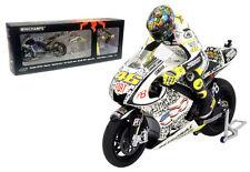 Minichamps V Rossi Bike/Figurine Set Yamaha YZR M1 Laguna Seca 2010 - 1/12 Scale