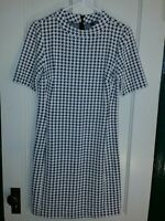 Chaps(Ralph Lauren)-Women's Fitted size 8 hounds-tooth black and white dress