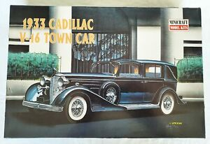 MINICRAFT 1/16 Scale 1933 Cadillac Town Car Plastic Model Kit #11208 NEW