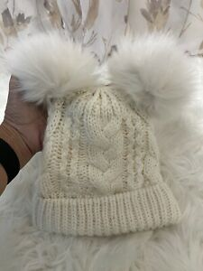 Baby Gap Girls Hat  White Cable Knit & Pom Poms