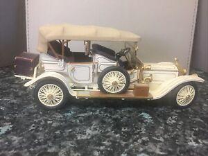 Franklin Mint - 1911 Rolls Royce ( 1/24 Scale ) Minor Damage