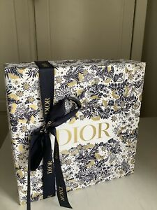 DIOR Luxury Gift Box Ribbon Set Brand New Christmas 2021 VIP