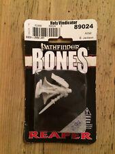 Reaper, Bones, Pathfinder miniature: Holy Vindicator