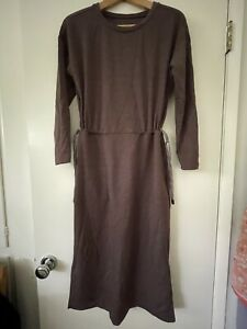Title Nine dress, Small with Pockets. Maroon Color.