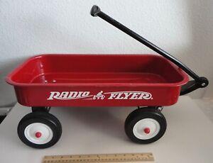 RADIO FLYER 070 Small Metal Red Wagon