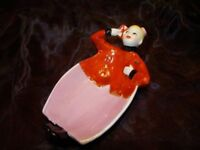 Coupelle Figurine Pierrot Groom Style Art Deco-allemand Style Art Nouveau