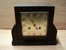 Oak case wooden mantle clock, art deco, pendulum mechanisms but for repairs