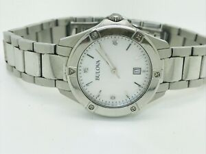 Bulova Diamond Gallery 96W205 Mother of Pearl Dial Ladies Watch (134E)