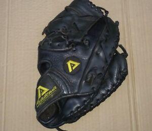 "AKADEMA Professional "" AXX5 Black Baseball Glove ""Reptillian"" Leather"