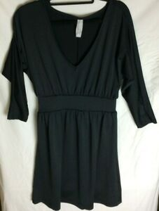 Jeanswest Ladies Size 8 Black Long Sleeve Dress.