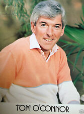 TOM O'CONNOR - TOP COMEDIAN & TV PRESENTER - SIGNED COLOUR PHOTOGRAPH