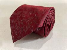 Calvin Klein Men's Red Geometric Silk Neck Tie $78