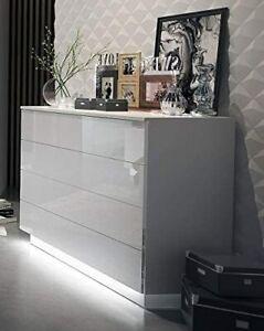 LUK  Kommode Lina mit Push to Open und LED Beleuchtung Weiß Hochglanz