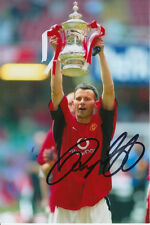 MANCHESTER UNITED HAND SIGNED RYAN GIGGS 6X4 PHOTO 1.