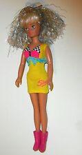 Vintage Sindy Dolls - 1987 Superstar Sindy Doll in Dress (B2)