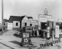 Photograph Norwalk Gas Station Riverbank San Joaquin California Year 1940 8x10
