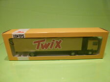 LION CAR DAF 95 400 ATI DAF TRUCK + TRAILER - TWIX - GOLG COLORED  1:50 - GIB