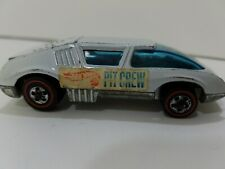 HOT WHEELS RED LINE PIT CREW CAR Sweet