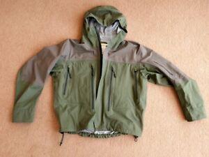"Orvis Deluge waterproof breathable fishing wading jacket size Medium (38-40"")"